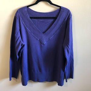 V-neck long sleeve knit sweater top